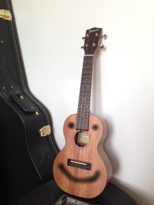 On a completely different note, it has come to my attention that many people believe that my ukulele has a permanent smile, and are surprised when they they see it in person.